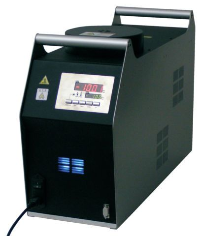 ISIS 525 - Four d'étalonnage cryogénique transportable, -100°C à 40°C