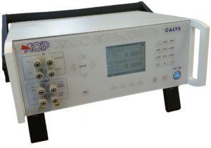 CALYS 1500, calibrateur électrique de laboratoire
